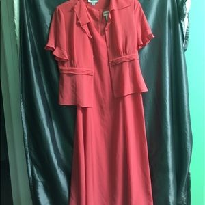 Coral 2 piece fully lined dress. Like new.